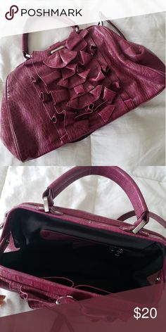 0d844e69f5e77 Jessica Simpson purple ruffled purse Jessica Simpson purple purse with  ruffles; can be carried crossbody