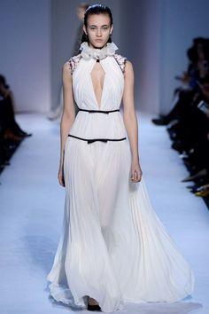 Giambattista Valli ready-to-wear autumn/winter '16/'17: