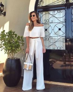 Fancy Outfits Ideas Just Before White Fashion, Girl Fashion, Fashion Outfits, Very Short Dress, Bright Dress, Elegant Outfit, Ladies Dress Design, Classy Outfits, Casual Chic