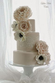 lace-wedding-cakes-19