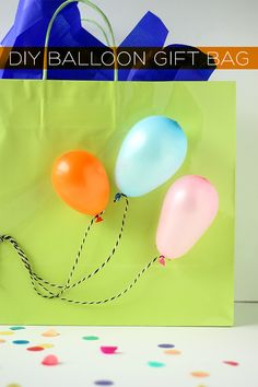 Ballon Gift Bag DIY | Squirrelly Minds