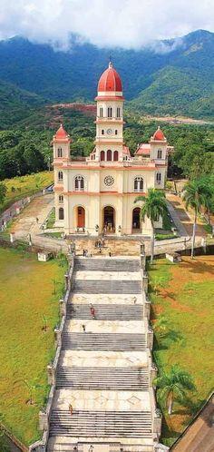 Iglesia (Basílica) de la Virgen de la Caridad del Cobre, la Patrona de Cuba // Our Lady of Charity, El Cobre #Catholic #SantiagoDeCuba #Cuba