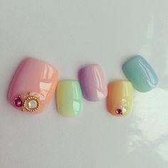 足元まで愛されたい♡2015年夏可愛いフットネイルデザインカタログ*にて紹介している画像 Love Nails, Pretty Nails, My Nails, No Chip Nails, Feet Nails, Gradient Nails, Toe Nail Designs, Toe Nail Art, Manicure And Pedicure