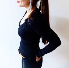 T-shirt  Sisley manches longues noir  Sisley ! Taille 36 / 8 / S  à seulement 29.00 €. Par ici : http://www.vinted.fr/mode-femmes/hauts-and-t-shirts-t-shirts/32579293-t-shirt-sisley-manches-longues-noir.