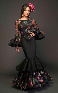 Home Decorating Ideas Kitchen and room Designs Flamenco Costume, Flamenco Dancers, Elegant Dresses, Beautiful Dresses, Spanish Dress, Spanish Style, Flamingo Dress, Spanish Fashion, Mexican Dresses