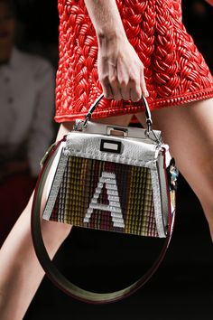 See all the Details photos from Fendi Spring Summer 2016 Ready-To-Wear now  on British Vogue 5edeb95497