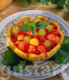 Lajos Mari konyhája - Dinnye-szőlő-ribizli saláta Fruit Salad, Food, Fruit Salads, Essen, Meals, Yemek, Eten