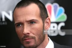 Scott Weiland of Velvet Revolver, nominees Rock Radio Song of the Year for 'Fall to Pieces' Radio Song, Velvet Revolver, Fall To Pieces, Scott Weiland, Rock Radio, Song Of The Year, Songs, Fictional Characters, Fantasy Characters