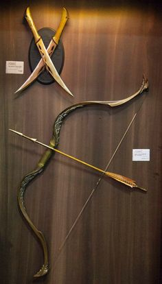 Day 7: Favorite weapon. All the weapons from the films are awesome. Weta Workshop did a fantastic job on them. I really like Tauriel's bow and daggers, so that's my choice :)
