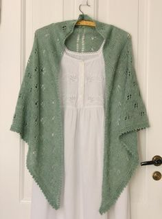 Lace Knitting Stitches, Shawl, Kimono Top, Shirts, Jeans, Tops, Knitting Ideas, Women, Eye