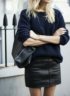 loving the leather mixed with the knitted sweater! a must try outfit for fall