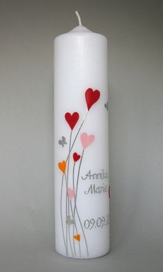 Christening candle hearts Playful lightness is conveyed by this candle. Hearts and little silver butterflies are arranged so that the candle does not - - Diy Candles, Pillar Candles, Candle Art, Bedroom Murals, Candlemaking, Baby Shower Cards, Communion, Party Gifts, Christening