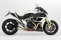 Prépa - Motocorse peaufine la Diavel