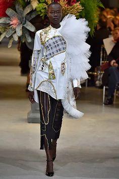 vro-hc-ss17-058-654x980 Haute Couture Paris, Spring Summer, Samurai, Viktor Rolf, Couture Week, Pictures, Samurai Warrior