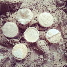 Vintage wedding cupcakes Www.facebook.com/sweettreatsperth