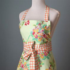 Full Apron for Women with Amy Butler Fabric  Bouquet par pamwares