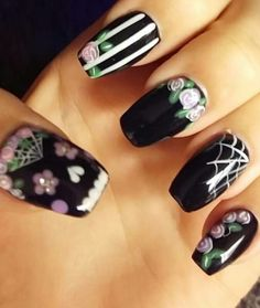 Day of the dead nails. Sugar Skull Nails, Skull Nail Art, Cute Halloween Nails, Halloween Nail Designs, Vintage Tattoo Art, Nail Art Techniques, Holiday Nails, Nail Manicure, Petra