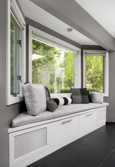 Cute bay window seat. I've always wanted a bay windo seat since I was little and watched Saved by the Bell!