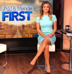 One year ago today, I started my journey here at Fox News Channel. What a crazy year it's been! I've met THE BEST people and get to call… Fox News Anchors, Female News Anchors, Itv Weather Girl, Fox And Friends First, Ginger Zee, Classy Summer Outfits, Tv Girls, Fox News Channel, Legs