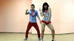 мальчик классно танцует садике - YouTube