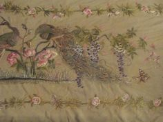 A LARGE NICE QUALITY ANTIQUE VINTAGE CHINESE SILK EMBROIDERY QING DYNASTY