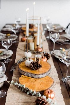 Pinterests Best Chic Thanksgiving Tablescapes - Classically Cait