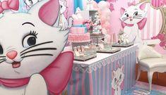 Aristocats Pretty Kitty Birthday Party - Birthday Party Ideas for Kids and Adults Birthday Party Decorations, Baby Shower Decorations, Birthday Parties, Hello Kitty Birthday, Cat Birthday, Birthday Ideas, Pretty Cats, Pretty Kitty, Marie Cat