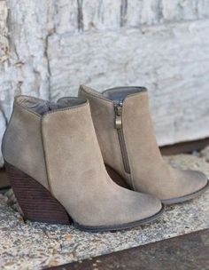 Love these booties for fall!