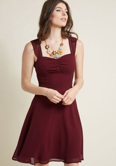 Sleeveless Chiffon Cocktail Dress in Burgundy