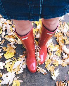 My favorite red rubber boots  pretty fall leaves!  Happy Tuesday and more importantly happy #TuesdayShoesday!  My favorite denim mini skirt from last season is back in stock  comes in 3 other colors! This is a good one guys! Goes with EVERYTHING!  This ones not on sale so i linked another similar option too! // To get the product details for this look follow me in the LIKEtoKNOW.it app or use the link in my bio > shop my instagram (no sign-ups required!) http://liketk.it/2tlMt @liketoknow.it…