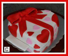FONDANT VALENTINE´S HEART CAKE / PASTEL DE SAN VALENTIN DE CORAZON