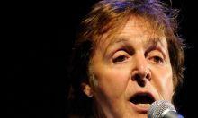 """El ex beatlle Paul McCartney se presentará por primera vez en Uruguay el próximo 15 de abril para abrir la parte suramericana de la gira """"On the Run"""", que abarcará también conciertos en Paraguay, Brasil y Colombia, informaron hoy fuentes de la organización del espectáculo. Ver más en: http://www.elpopular.com.ec/47924-paul-mccartney-abrira-el-15-de-abril-en-uruguay-gira-suramericana.html"""