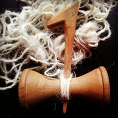 "Txoatile,el huso de hilar vasco. Elsewhere called ""Koroia"" or ""Txabilla."" Txoatile, spindle of the Basque shepherds."