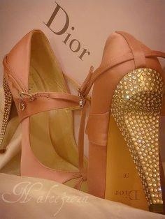 Dior Pumps with Swarovski Crystal Heels Christian Dior, Swarovski, Dior Shoes, Bling Shoes, Women's Shoes, Shoe Closet, Shoe Shoe, Beautiful Shoes, Pretty Shoes