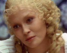 Featuring Faye Dunaway in seventeenth-century period makeup portraying lady de Winter yje femme fatale from 'The Three Musketeers'. Milady De Winter, Antonio Sanchez, Faye Dunaway, The Three Musketeers, The Four, Save The Queen, Movie Costumes, Staying Alive, I Fall In Love