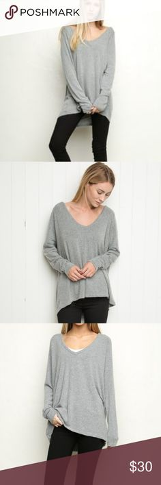 """Brandy Melville Bobbie knit slouchy sweater Excellent condition Brandy Melville super soft and comfy v neck pullover sweater. 25"""" across from armpit to armpit and 31"""" long from shoulder to hem Brandy Melville Sweaters"""