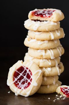 Raspberry Almond Thumbprint Cookies by Cooking Classy and the best Christmas Cookie recipes for your cookie exchange! Best Holiday Cookies, Easy Christmas Cookie Recipes, Christmas Desserts, Holiday Recipes, Holiday Treats, Good Cookie Recipes, Christmas Cookie Boxes, Basic Cookie Recipe, Christmas Cookie Exchange