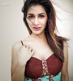 Vega Entertainment Wishes A Very Happy Birthday to Actress #SophieChoudry #Sophie #Choudry #Actress #Singer #Birthday #8thFebruary #Vega #Entertainment #VegaEntertainment