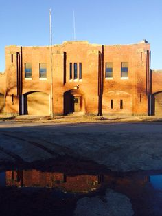 Abandoned Armory in Minco, OK