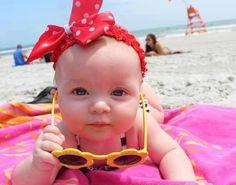 Tanning! So Cute Baby, Baby Love, Cute Kids, Pretty Baby, Funny Babies, Funny Kids, Cute Babies, Baby Kids, Baby Baby