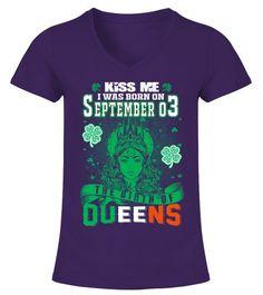 d42bbef5afa69b Irish Queens are born on September 03 - V-Ausschnitt T-Shirt Frauen