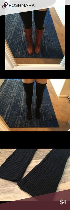 Thigh-high sweater socks Worn once, only for modeling, these warm and comfy thigh-high sweater socks are great for fall, look super cute with short shorts or a mini skirt. They stretch somewhat for a little give, but overall, it's a snug fit, so they shouldn't sag: well made. I wear a size 8.5 shoe, so they should fit 7-9. Accessories Hosiery & Socks