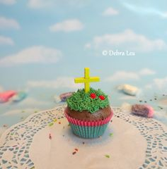 Fake Cupcake Handmade Religious Easter Spring Jesus Cross He Is Risen Decoration Prop Decor - Imagine Out Loud