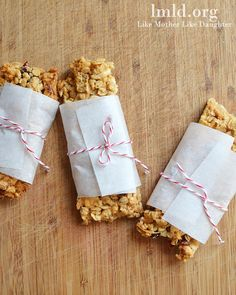 White Chocolate and Cranberry Granola Bars. Better for you and better tasting than store bought granola bars #snack