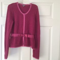 ⭐️New Ann Taylor sweater New Ann Taylor sweater.  I have both sizes medium and small!  Excellent condition. Discounts given upon request.   Bundle with another listing with ⭐️extra discounts. Ann Taylor Sweaters