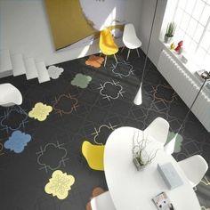 Carrelage de sol en grés cérame à motifs en couleurs sur fond noir - Ornamenta chez David B