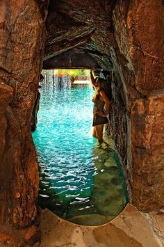 Gotta Go Deep to Discover! Cave like walk way under slide going to back of Grotto -Water Cave, Grotto Luxury Swimming Pools, Luxury Pools, Dream Pools, Swimming Pool Designs, Indoor Pools, Grotto Pool, Cave Pool, Custom Pools, Beautiful Pools