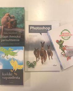 Vale-eläinkirjanäyttely Hyvinkään Laurea-kirjastossa. Eläimiä ei-luontokirjojen kansissa. #kirjat #eläimet #laureakirjasto