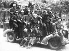 Joint group portrait of fighters of Dutch resistance and British servicemen, may 1945 - pin by Paolo Marzioli Military History, World War Ii, Ww2, Holland, Dutch, Monster Trucks, British, Army, Group
