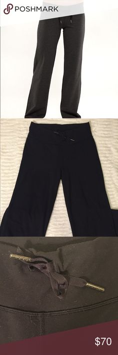 Brand New Lululemon Black Flare Yoga Pants Small This Brand New Lululemon Black Flare Yoga Pants Small have absolutely no marks or stains or signs of wear! The are ankle ties at the bottom! It fits a size small! Please note I took out the inner tag when I first got them. I believe it is a size 6 and I only wore a few times! lululemon athletica Pants Track Pants & Joggers